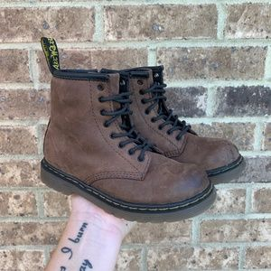 Dr. Martens Unisex Brown Leather Brooklee Boot 10